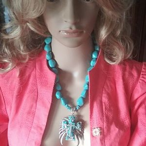 Turquoise cross crystals oranate detailed necklace